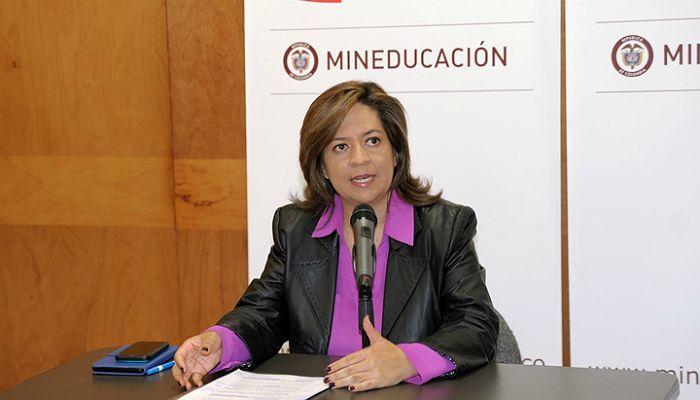 Llegan las becas para los docentes de Colombia