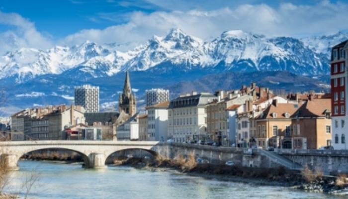 Se convocan becas para maestría en el Instituto Grenoble en Francia
