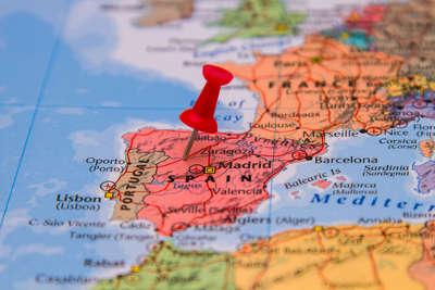 Llegan becas de la Fundación Carolina para estudiar en España