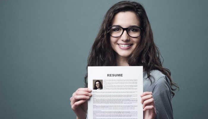 Inicia el año actualizando tu CV, te damos los mejores tips para destacar en una oferta de empleo