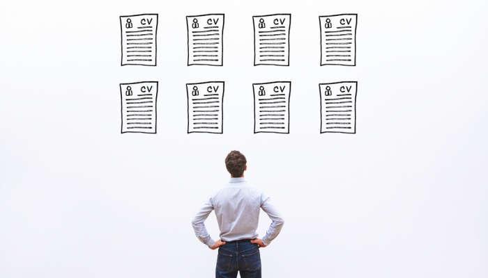 CV profesional: ¿cómo llamar la atención del reclutador si solo tengo la prepa?