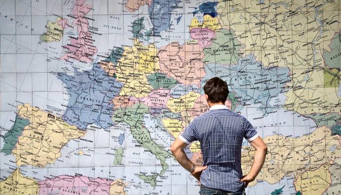 Las mejores becas que debes considerar para estudiar un posgrado en Europa