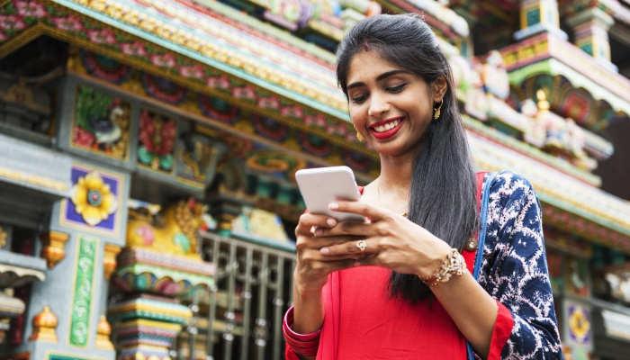 Beca Icetex para emprendimiento de mujeres en India