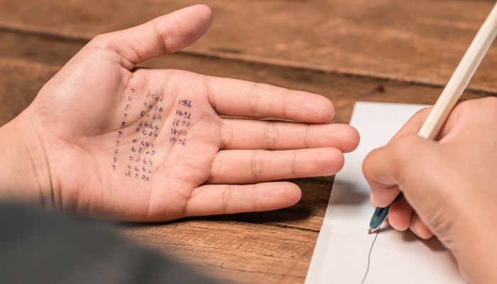 Chuletas para exámenes: ¿un buen método para aprobar?