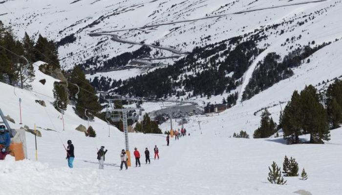 Trabajo en estaciones de esquí: más de 1.000 vacantes te esperan