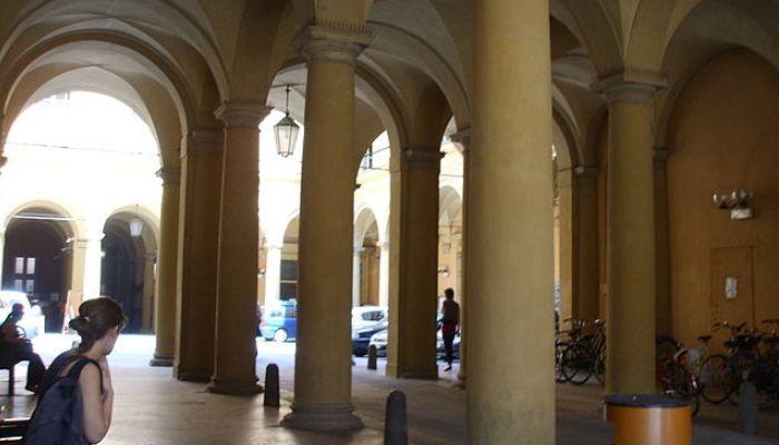 Italia: destino de las 40 becas de la Universidad de Bolonia