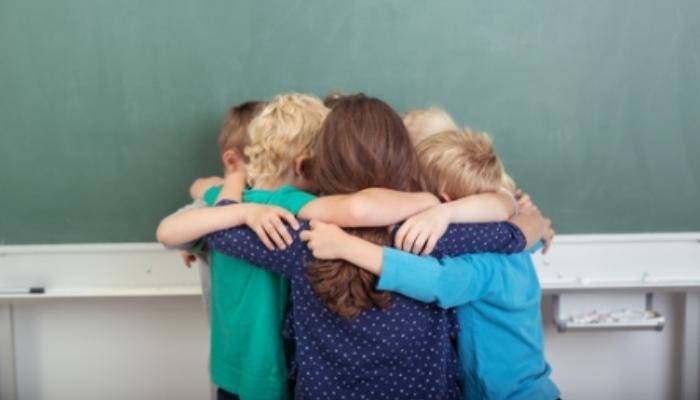 Aprender en grupo, bueno para el pensamiento crítico y la toma de decisiones