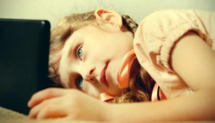 Los niños, más internautas que telespectadores