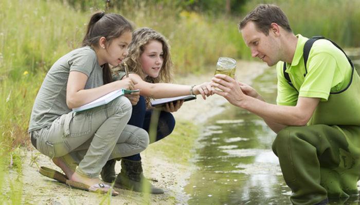 Educador ambiental: formación necesaria y salidas profesionales