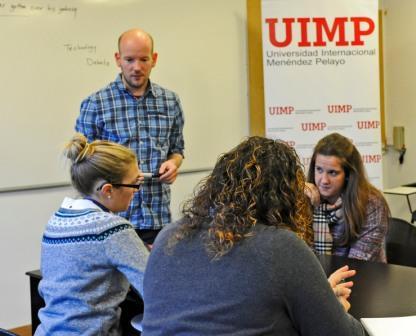 Llegan 3.425 ayudas para realizar un curso de inmersión inglesa en la UIMP