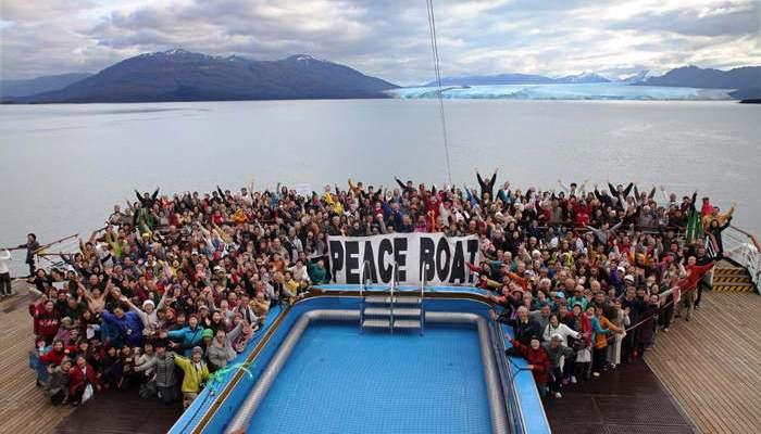 Llamada a profesores de español e inglés para embarcar en el Barco de la Paz y recorrer el mundo