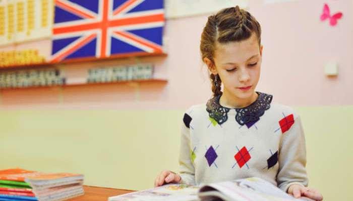 Los beneficios cognitivos de ser un niño bilingüe se mantienen hasta la edad adulta