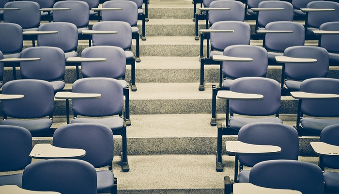 La subida de las tasas universitarias reduce el número de repetidores