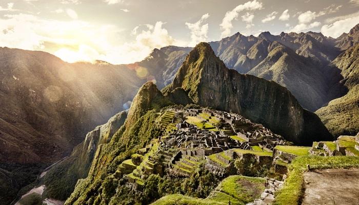 Se buscan aventureros para viajar tres meses por Latinoamérica y contarlo online