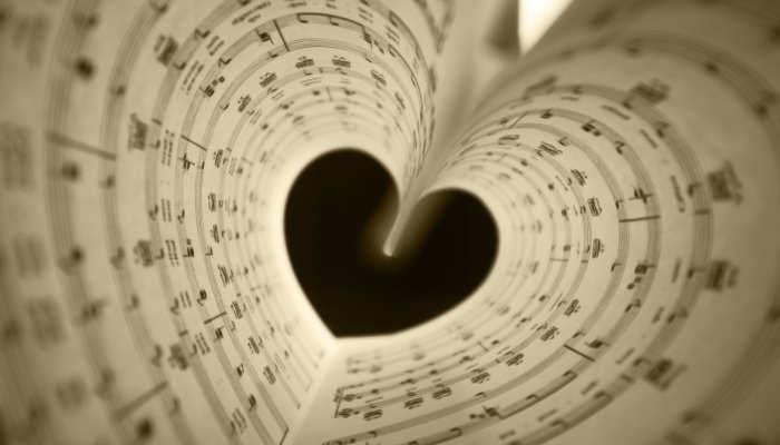 Todo lo que se puede lograr con musicoterapia y teatroterapia