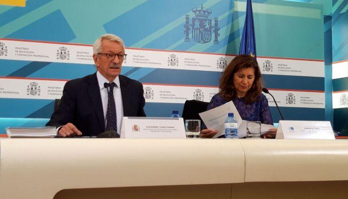 El sueldo inicial de los profesores en España es elevado pero se estanca en su carrera profesional
