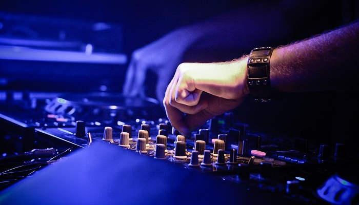Técnico de sonido y producción musical: curso para ser clave en el sector audiovisual
