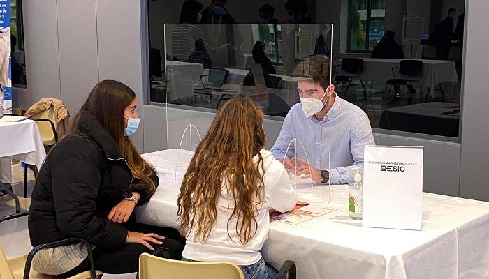 El 10 de mayo llega FIEP a Sevilla para elegir el mejor postgrado y optar a becas de máster