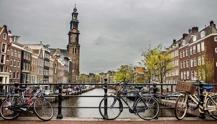 Estudiar un máster en Países Bajos: un sueño con forma de beca